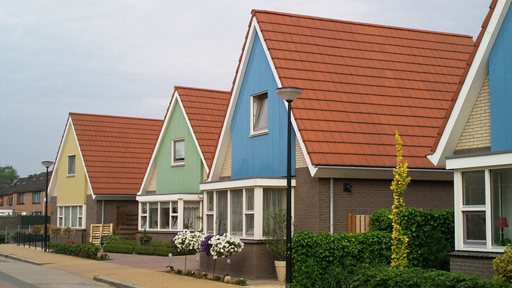 Single family houses in Klarenbeek (Netherlands) partly cladded with Rockpanel Lines² facade cladding